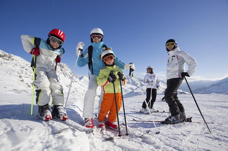 Disfruta de la esencia del esquí en familia